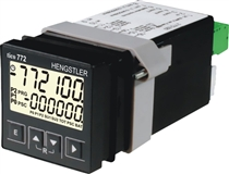 Multifuntionsräknare med RS-232 interface